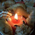 display-candle-w-shells-beach-1920